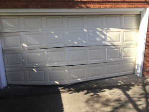 Garage door to repair